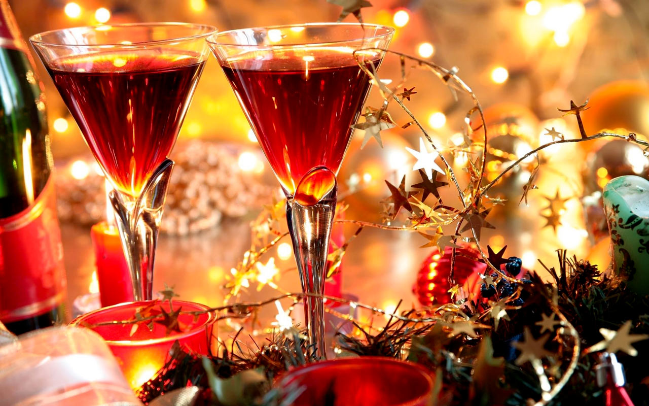 Luxury Christmas menu, wines & table decor