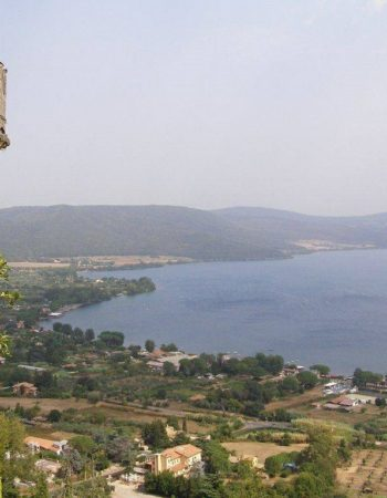 HELICOPTER TOUR BRACCIANO LAKE & CASTLE AND ETRUSCAN RUINS