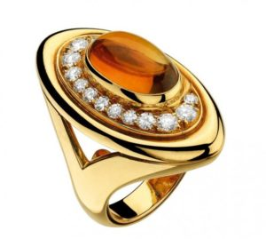 Bulgari and Rome - Yellow gold ring with citrine and diamonds (70s). Ellissi Collection - Oval inspiration of Piazza del Vaticano