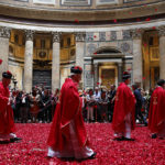 PENTECOST ROSE PETALS PANTHEON (CNS photo/Paul Haring)