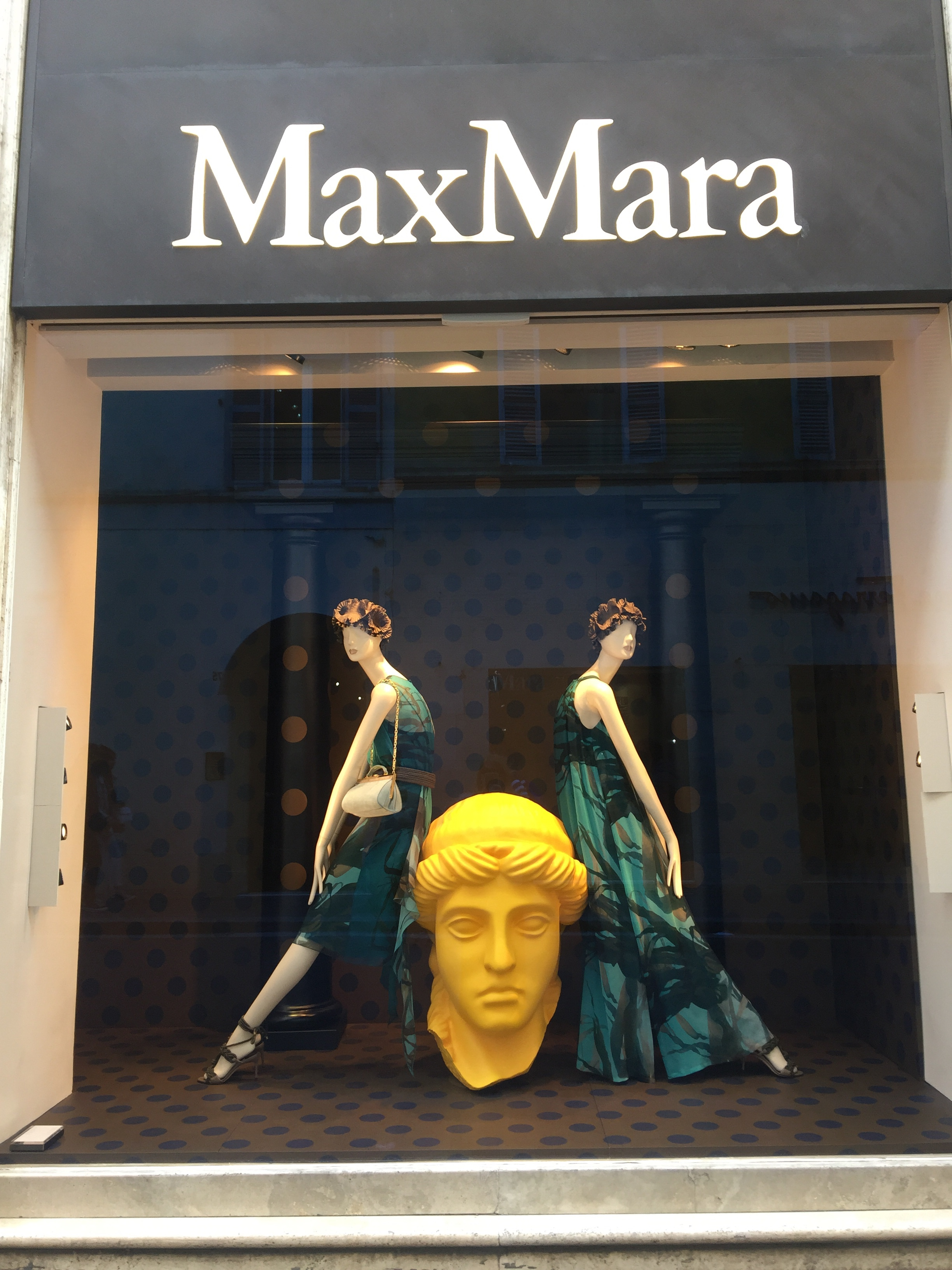 Max Mara -May 2019- Roma Luxury- Shopping in Rome