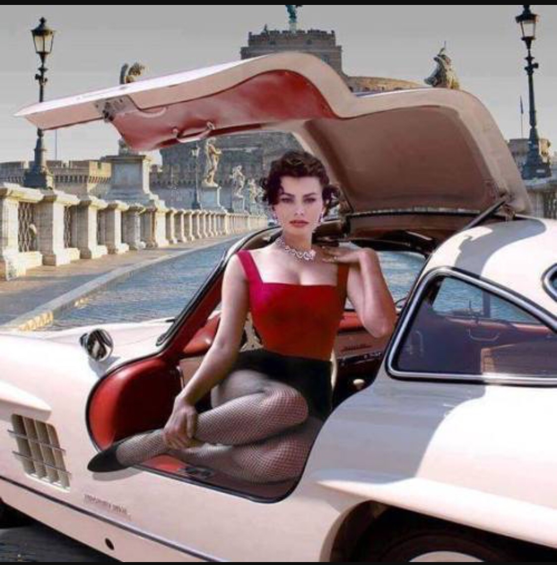 Sofia Loren in A Mecedes 300 SL in the 60s